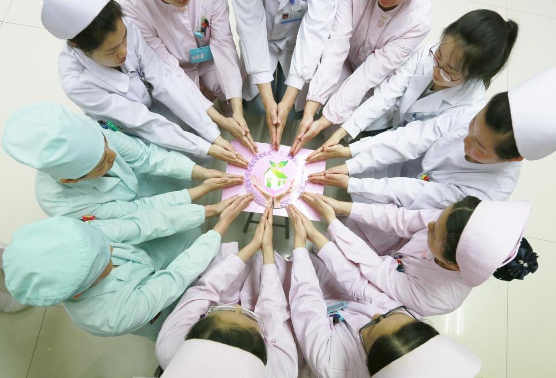 感染防控实践月——甲乳外科护士示范六步洗手法